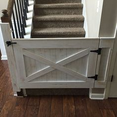 Rustic Dog/ Baby Gate Barn Door Style w/ side panels - Dog Kennel Wood Baby Gate, Baby Gate For Stairs, Barn Door Baby Gate, Diy Baby Gate, Baby Barn, Diy Barn Door, Barn Doors, Stair Gate, Farm Gate