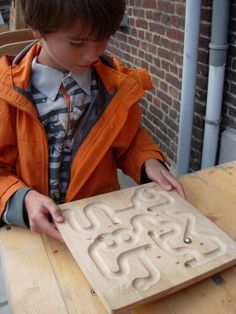 - RIGOLE (avec bille) Clutter Control, Traditional Games, Young At Heart, Wood Toys, Viria, Wood Carving, Constellations, Wood Crafts, Kids Toys
