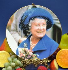 """Royal Albert Tim Graham Queen Mother  """"A Day at The Races"""""""