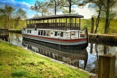 Canal Boat in Great Falls National Park near Washington D.C. which offers up amazing hiking opportunities and perfect photographic scenery. (travel, travel guides, Maryland, Virginia, Waterfalls)