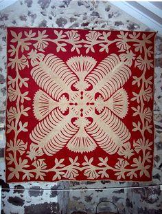 Kahili quilt, image courtesy of The Bailey House Museum, Wailuku, Maui