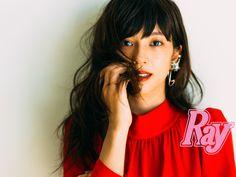 雑誌『Ray(レイ)』を始めとする女性誌などで活躍し、モデル・タレントのファンも多数いる「きべっち」こと木部明美(きべあけみ)さんのメイク本『きべっちのトキ♡メイク』が2016年9月21日に主婦の友社から発売されました。白石麻衣ちゃんのカバーが目印のこのメイク本には可愛くなるためのテクニックが盛りだくさんです!