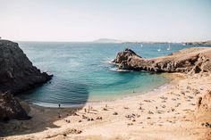 plage papagayo Lanzarote Costa, Have A Nice Trip, Beach Vibes, Road Trip, Beach Town, Blog Voyage, Beach Wear, Canary Islands, Spain Travel