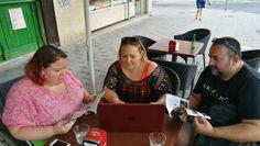 Gran tarde de trabajo 😊 en una terraza del centro de Alicante...  Nos encanta el poder trabajar desde cualquier lugar ☕