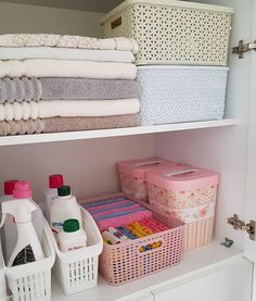 [New] The 10 Best Home Decor Today (with Pictures) Diy Organisation, Bathroom Organisation, Bathroom Organisers, Kitchen Wrap, My Dream Home, Decoration, Home Goods, Sweet Home, Storage