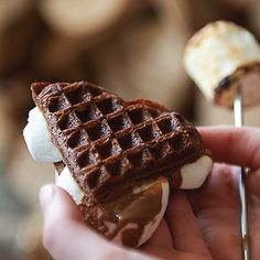 waffle-smores Torill's Table - food stylist - Nancy Goemans Montana Creative from Calgary, Alberta Norwegian Waffles, Gluten Free Waffles, Chocolate Waffles, Waffle Mix, Work Meals, Pancakes And Waffles, Eat Dessert First, Pastry Recipes, Yummy Food