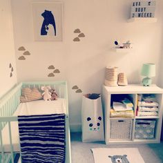 We love this nursery with Dusty Aqua moKee Mini Cot #mint #cot