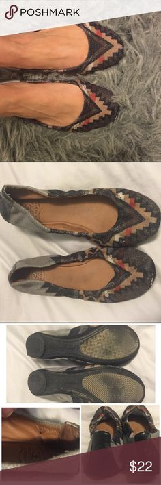 Lucky Brand Aztec Flats Fun flats for fall!  Great deal!  A little wear on the inside of the flat where the fabric is tearing, but outside in good condition, see photos!               👯 Leave me comments or questions.                🔮 Make me an offer.                                              🎀 Share your style with me.                                  👜 I bundle comment to create bundle Lucky Brand Shoes Flats & Loafers