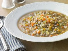 Andrew's Day with Traditional Scotch Broth – Çorba Tarifleri Scotch Broth Soup, Beef Barley Soup, Soup Recipes, Diet Recipes, Cooking Recipes, Healthy Recipes, Stuffed Pepper Soup, Stuffed Peppers, Hamburger Soup