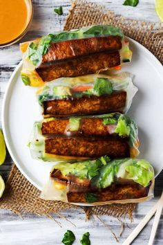 Enjoy a few Teriyaki Tofu Spring Rolls for a healthy lunch or dinner that's packed with fresh vegetables! Vegan, gluten-free & ready in under 1 hour. Vegan Spring Rolls, Fresh Spring Rolls, Vegetarian Spring Rolls, Italian Appetizers, Vegan Appetizers, Vegetarian Recipes, Cooking Recipes, Healthy Recipes, Healthy Lunches