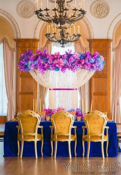 Great Color scheme for a winter wedding. Royal Blue and and magenta