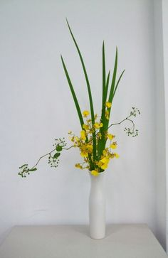 Ikebana by Tel Qel, via Flickr