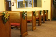 Focus on Christmas 2013 - Pew decorations