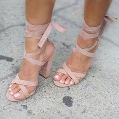 Women High Heels Sandlas Black Block Heel Sandals Box Heels Tamia Heels With Big Discount Fancy Shoes, Up Shoes, Me Too Shoes, Shoe Boots, Cute Heels, Lace Up Heels, Graduation Shoes, Black Block Heel Sandals, Estilo Glamour
