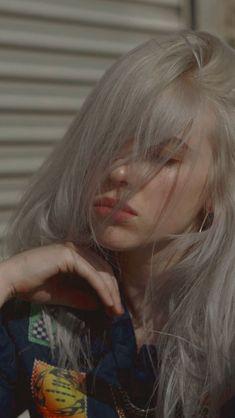 Several stories of Billie Eilish and you. Billie Eilish, Grunge Hair, Pretty People, At Least, Celebs, Celebrities Hair, Idol, Instagram, Beautiful