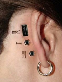 3D Tattoo of Computer Usb Port and Mic Ports this is so interesting, I couldn't not repin it