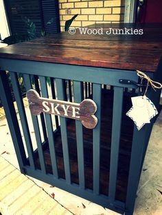 Repurposed crib made in to a dog crate. Painting with Annie Sloan Chalk Paint® in Graphite. https://www.facebook.com/woodjunkies/
