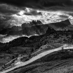 Amazing dolomites morning - waiting for the sun was ending with this beautifull scenery ...
