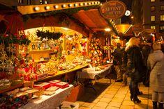 weihnachtsmarkt, Am Hof Advent Market  13 November - 23 December 2015 Mo-Th 11.00 am - 9.00 pm, Fr-Su 10.00 am - 9.00 pm, food until 10.00 pm Am Hof, 1010 Vienna