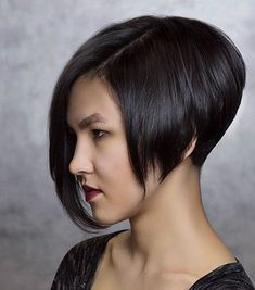 Asymmetrical Bob Haircuts On the off chance that you've been playing with changin Bob Hairstyles 2018, Asymmetrical Bob Haircuts, Blonde Bob Hairstyles, Bob Hairstyles For Thick, Bob Haircuts For Women, Layered Bob Hairstyles, Short Bob Haircuts, Latest Hairstyles, Ombre Bob Hair