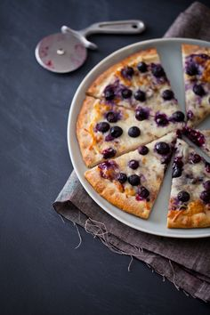 Yes, this dessert pizza has mozzarella cheese on it. No, it's not gross (especially when combined with blueberry jam and cream cheese).
