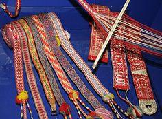 OXOXOX Woven Sami belts and shoe bands. Vevde samiske skobnd og belter. (saamiblog) Tags: wool norway norge belt bands textile horn weaving belter loom sami belte ull saami heddle vev tekstil smi samisk samiske band loom bands shoe grindvev rigid bndvev skobnd bndgrind