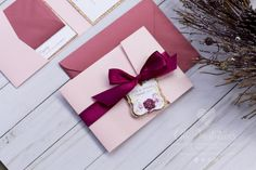 Wedding Invitation, Burgundy and Soft pink, Light pink, Glitter Wedding Invitation, Ribbon, Gold, elegant, (Price for sample or deposit) Visit my Etsy store to see price, info and how buy: https://www.etsy.com/es/listing/498396162/wedding-invitation-burgundy-and-soft?ref=shop_home_active_1