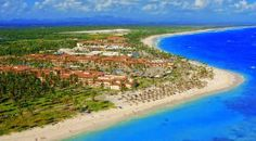 Image from http://www.resortvacationstogo.com/images/resort_images/majestic%20colonial1.jpg.