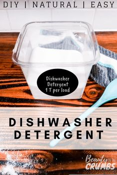 Low waste soap A DIY powder dishwasher detergent that is all-natural, easy to make and actually works! Non toxic ingredients and no soap grating! All Natural Cleaning Products, Homemade Cleaning Products, Cleaning Recipes, Cleaning Hacks, Household Products, Cleaning Supplies, Natural Products, Diy Products, Soap Recipes