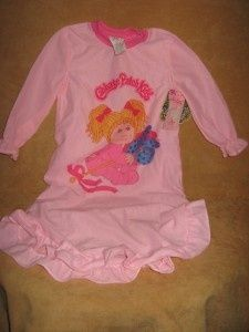 Oh god, I had so many character nightgowns as a kid...Jem, Fragile Rock, Minnie Mouse...