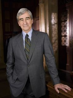 Sam Waterson - Law and Order, the Newsroom and some excellent Woody Allen films. Sam Waterston, Dianne Wiest, Chris Noth, Shannen Doherty, Best Series, Tv Series, Law And Order, Tv Guide, Sebastian Stan