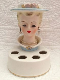 Vintage Japan Lady Head Vase Lipstick Holder Ceramic Vanity Display Glam Girl | eBay Bobby Pin Holder, Glam Girl, Vintage Bathrooms, Vintage Vanity, Vintage Mannequin, Antique Dishes, Lipstick Holder, Vintage Mermaid, Lipstick Collection