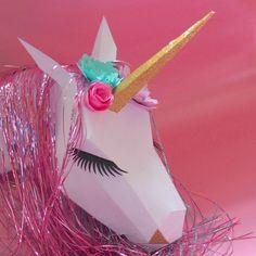 Trophée licorne en papier. Tutoriel à retrouver sur www.rosecaramelle.fr/blog #licorne #unicorn #trophee #party #sweettable #candybar #anniversaire #babyshower #fete #birthday