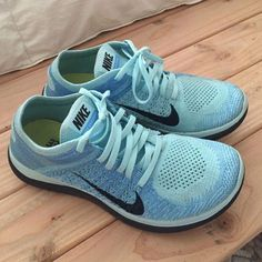 57471eed7eaa7 Womens Nike Free Flyknit Shoes are in excellent condition. Super  comfortable and lightweight Nike Shoes Athletic Shoes Clothing