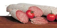 SALAMI MILANO  1,8 Kg.  The fine grain, softness, particularly aging, are inspired by the Milanese gastronomy. The perfume fragrance and delicate flavor has allowed penetration in several other boards.