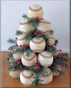 Baseball christmas tree Finest craft christmas tree mother concepts Plus Dimension Marriage c Diy Christmas Tree, Rustic Christmas, Christmas Projects, Winter Christmas, Christmas Tree Decorations, Vintage Christmas, Christmas Wreaths, Primitive Christmas, Themed Christmas Trees