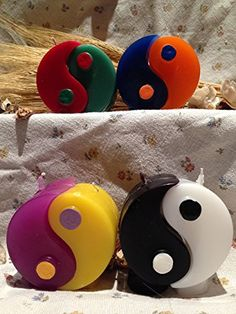 Originalissima candela yin yang - due candele separabili ... https://www.amazon.it/dp/B06XWQB55J/ref=cm_sw_r_pi_dp_x_IIDuAbS46FK3N