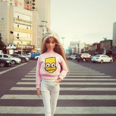 #barbiestyle #barbies #streetstyle #handmade #sweater #pants #jeans #barbieclothes #dollclothes #China #Simpson