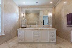 Deluxe bathroom design by Atkinson Pontifex