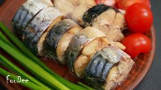 Melt In Your Mouth, Seafood Recipes, Sushi, Sausage, Food And Drink, Chicken, Cooking, Ethnic Recipes, Mackerel Fish