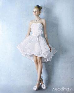 흰색 레이스 드레스