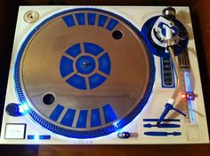 R2D2 Turntable
