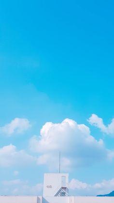 Blue Sky Wallpaper, K Wallpaper, Scenery Wallpaper, Blue Wallpapers, Wallpaper Backgrounds, Galaxy Wallpaper, Friends Wallpaper, Light Blue Aesthetic, Aesthetic Colors