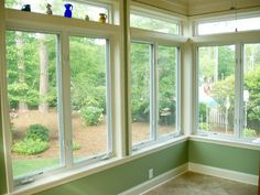 sunroom sliding windows sun porch windows best ideas on room 6 vertical sliding sunroom windows Porch To Sunroom, Sunroom Windows, Screened In Porch, Sunroom Ideas, Porch Ideas, Front Porch, Sunroom Kitchen, Bay Windows, Patio Ideas