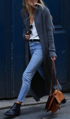 Styling Tips knitted cardigan + blue jeans