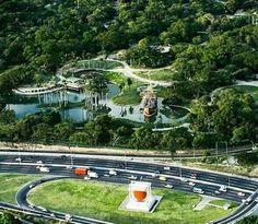 Autopista del Este (Distribuidor Sta Cecilia) y Parque del Este