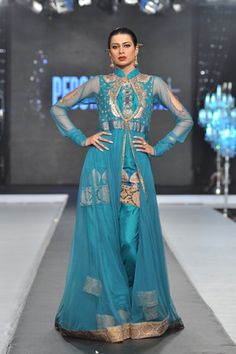 Scarlet Bindi - South Asian Fashion: PFDC L'Oreal Paris Bridal Week 2012: Day 4