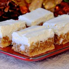 Winter White Cookies – No bake and freezer friendly These Winter White cookies are some of our family favourites during the Holidays, especially. They are easy, no bake and freeze well, making them ideal for your Holiday treat list. No Bake Treats, No Bake Cookies, No Bake Desserts, Just Desserts, Dessert Recipes, Bar Cookies, Christmas Cooking, Christmas Desserts, Christmas Goodies