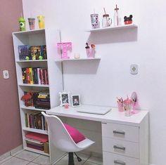 Bedroom desk decor girls home office 25 Ideas Study Room Decor, Cute Room Decor, Room Ideas Bedroom, Small Room Bedroom, Diy Bedroom Decor, Bedroom Desk, Home Room Design, Home Office Design, Home Office Decor