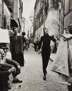 Audrey on the set of funny face